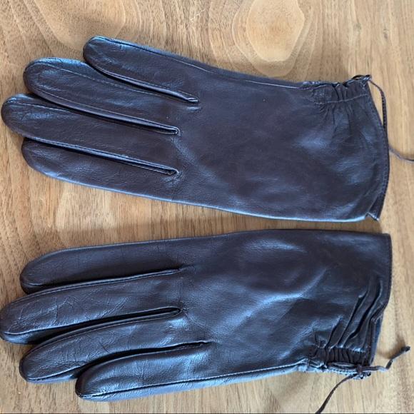NWOT Nine West Leather Gloves